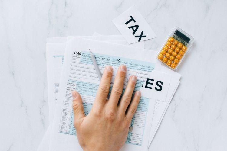 Beneficios Fiscales: Deducciones irpf mayores 65 años y más